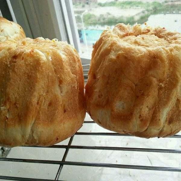 可可卡士达花形圆面包