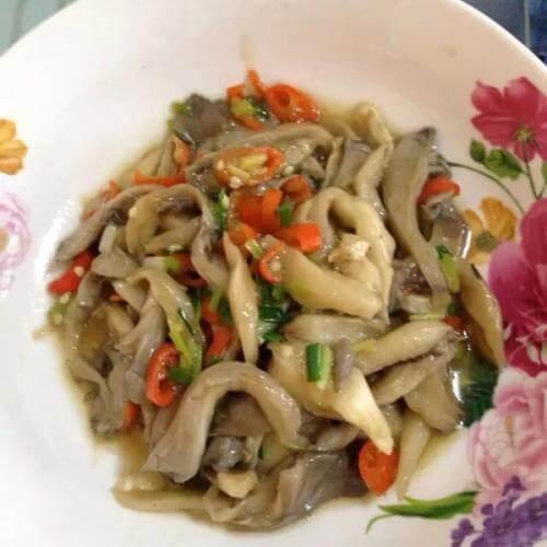 辣子炒蘑菇