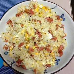大米饭炒鸡蛋