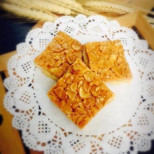 杏仁脆饼:脆,脆 牙口不好的小心
