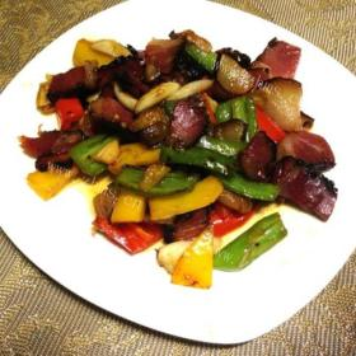 豆豆炒腊肉