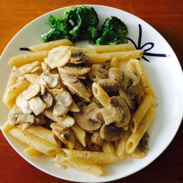 奶油鲜虾蘑菇烤通心粉