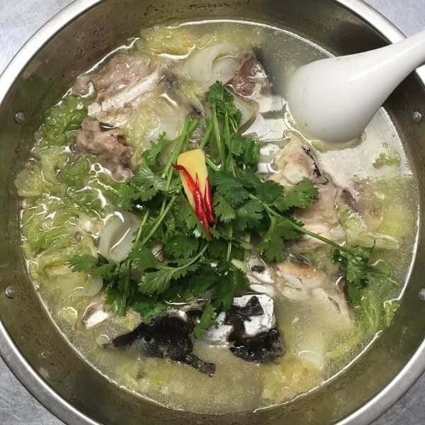 生菜鱼头汤