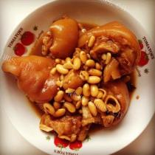 米豆腐焖猪蹄