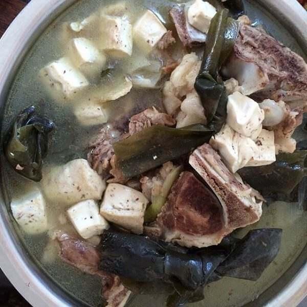 海带结萝卜排骨汤
