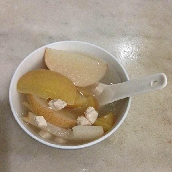 苹果雪梨猪骨汤