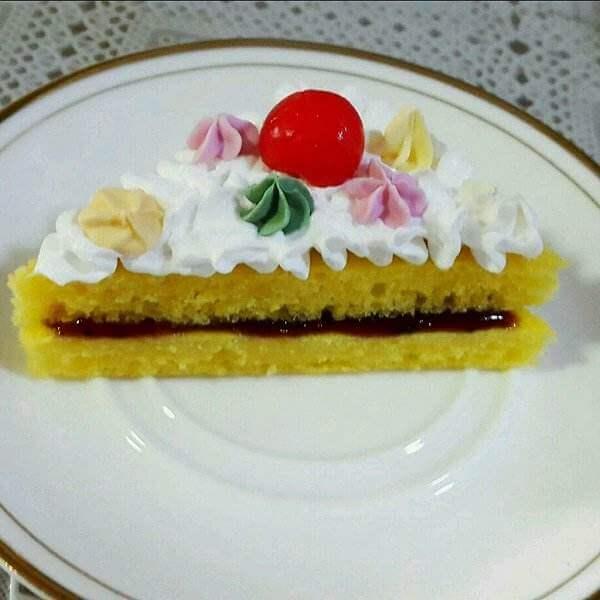 果酱夹心蛋糕