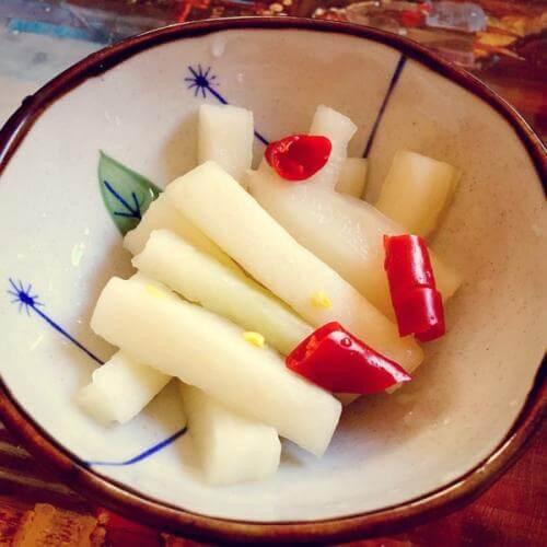 糖浸樱桃萝卜
