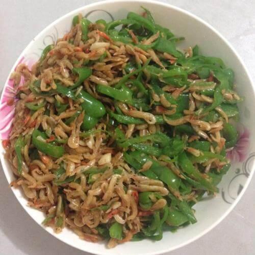 杭椒炒虾皮