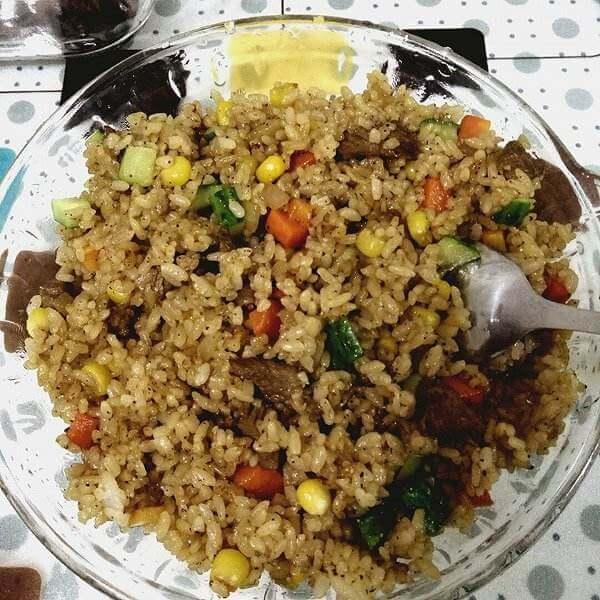 牛肉芥蓝炒饭