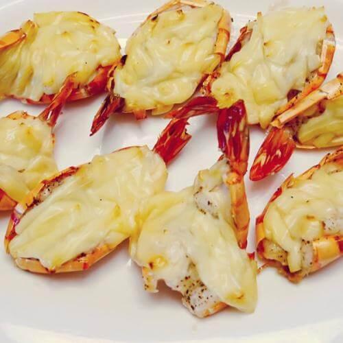 马苏里奶酪烤虾