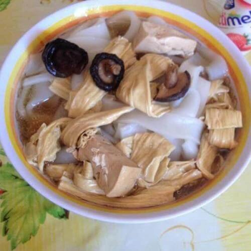 腐竹香菇汤