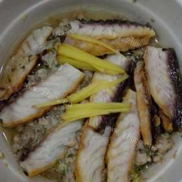 萝卜蒸咸鱼