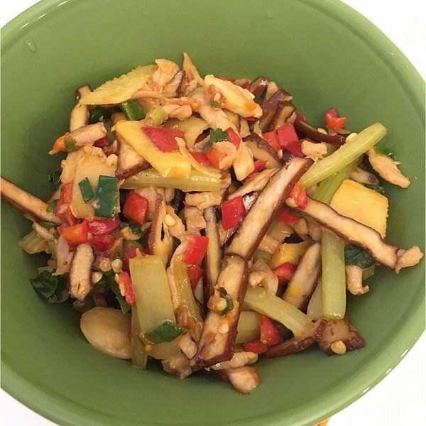 芹菜豆干炒肉