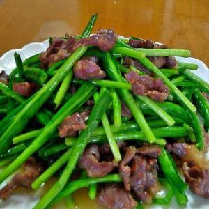 牛肉炒韭菜心