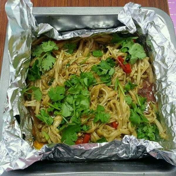 金针菇烧肉