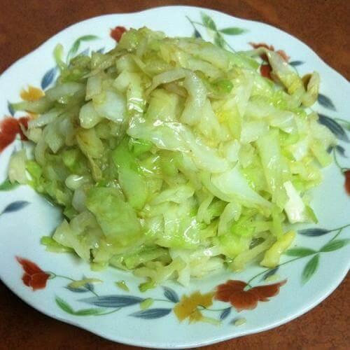 家常菜清炒包菜