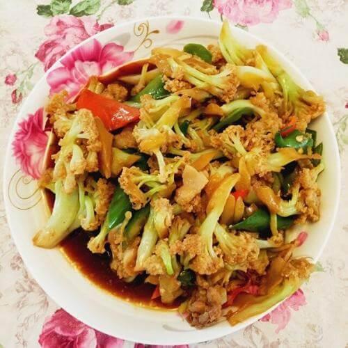 榨菜炒菜花