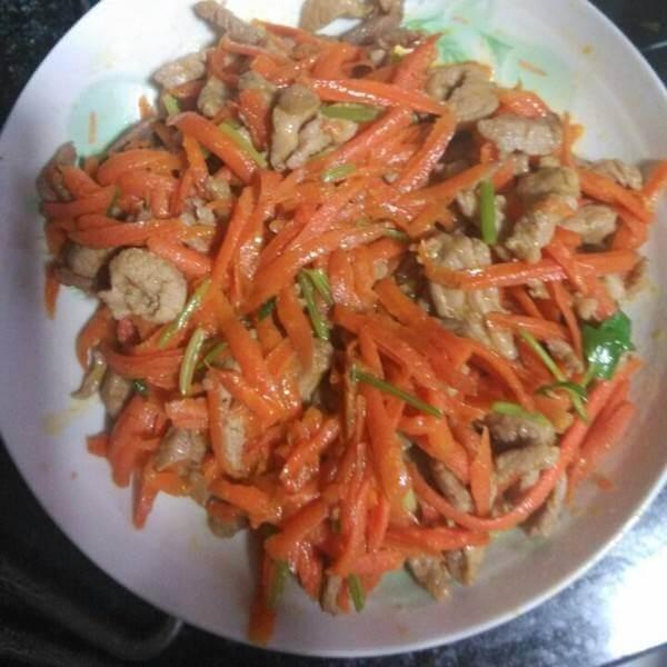 肉炒胡萝卜丝