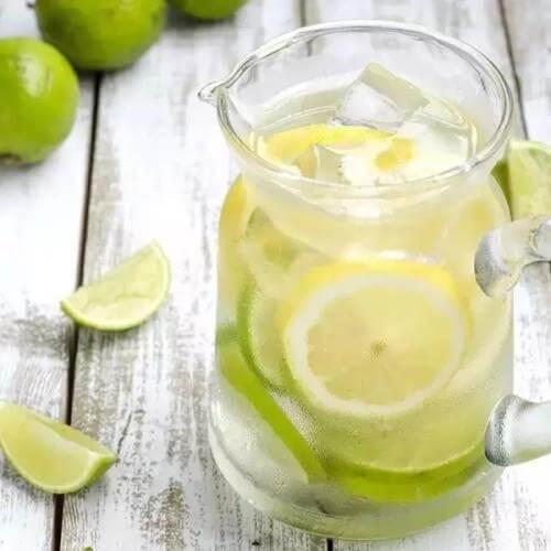 清凉柠檬水