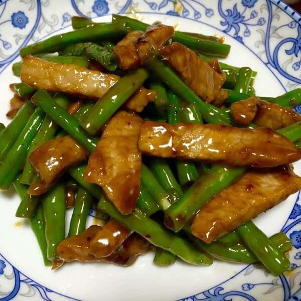 猪肉炒长豆角