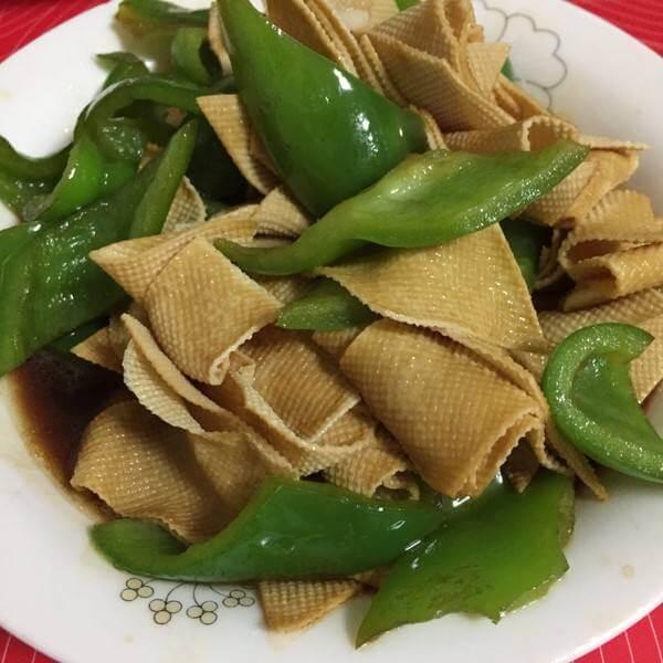 青椒豆皮炒肉