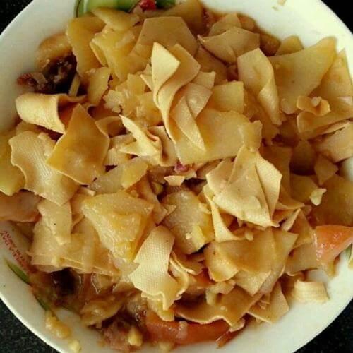 土豆片炖干豆腐