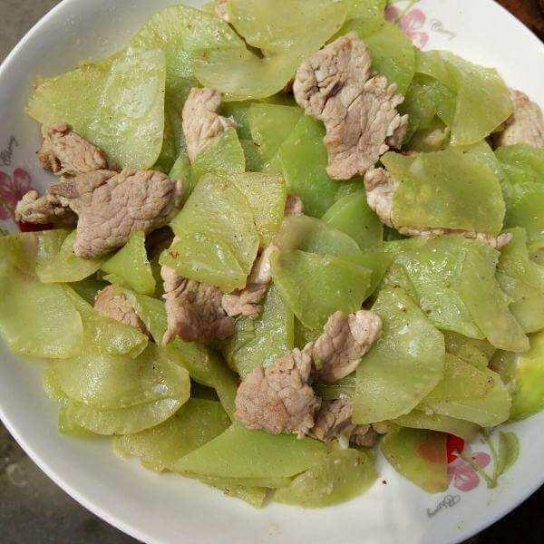 肉片炒莴苣