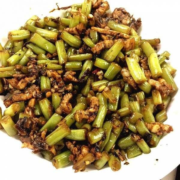橄榄菜炒豆丁