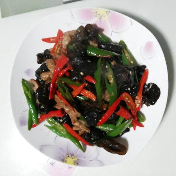 双椒炒肉丝