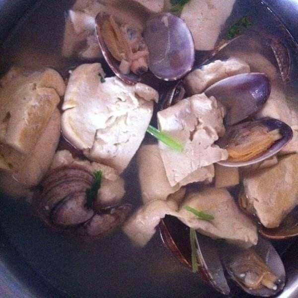 蚬子豆腐汤