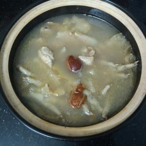 三鲜鱼肚汤
