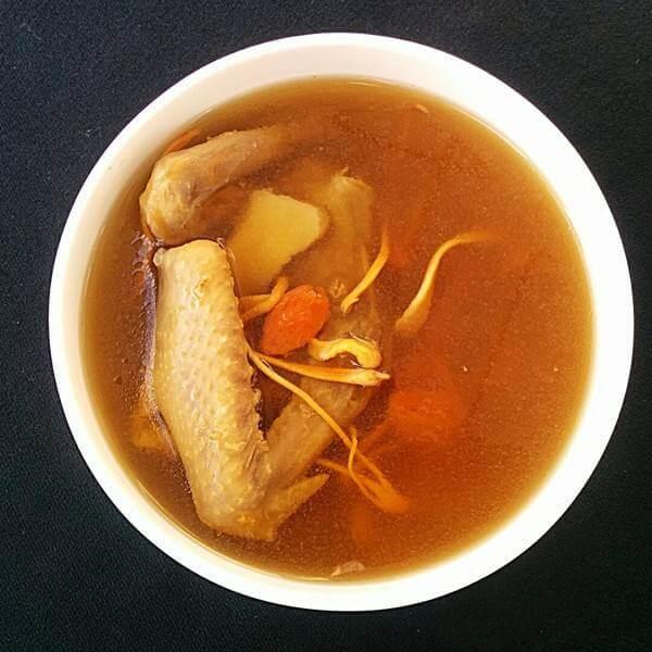 虫草花鸽子汤
