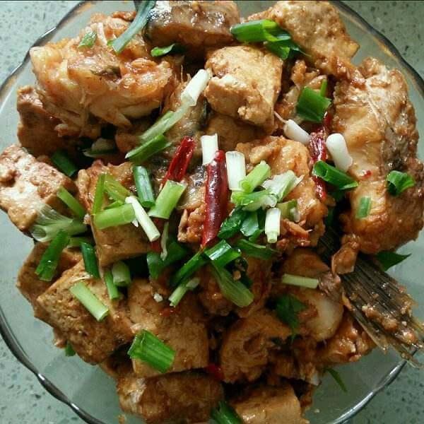 鱼块炖豆腐