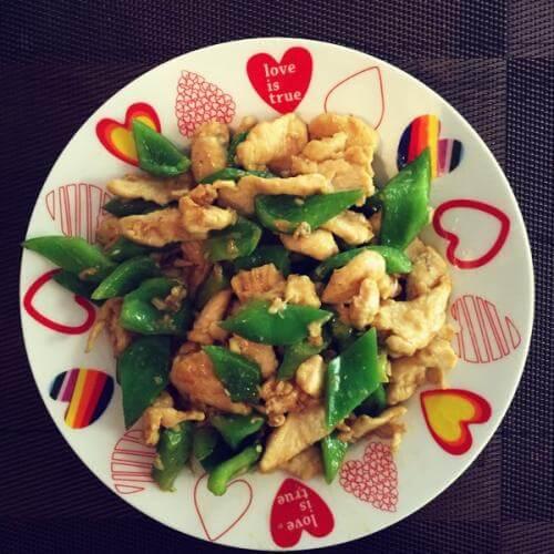 鸡胸肉炒青椒