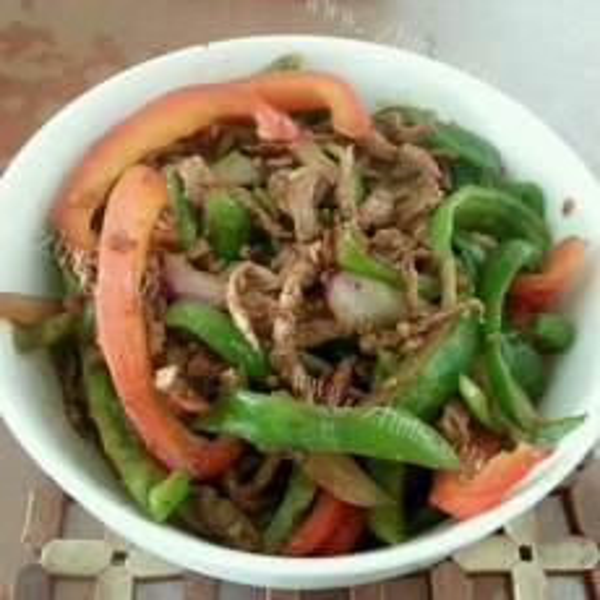 杂蔬炒牛肉