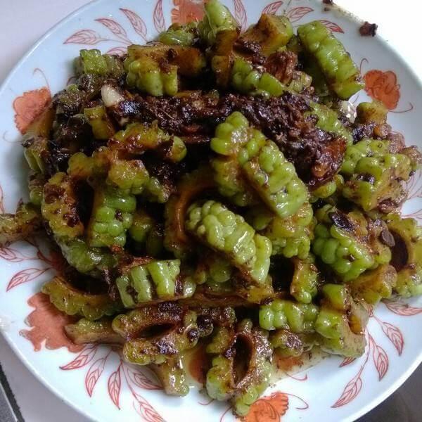 豆豉瘦肉炒苦瓜