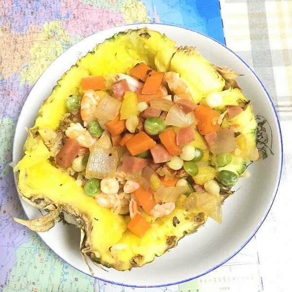 美味菠萝饭