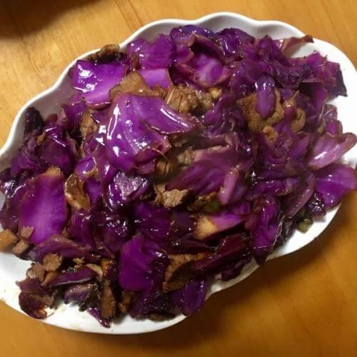 紫甘蓝炒藕片
