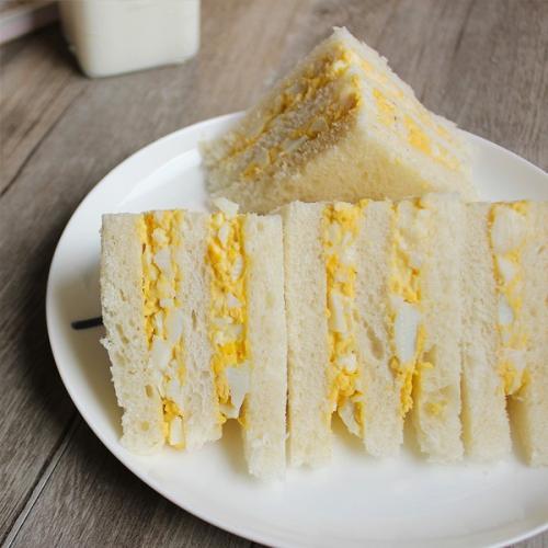 自制鸡蛋三明治