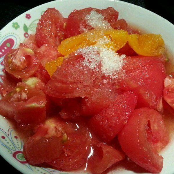 自制凉拌西红柿