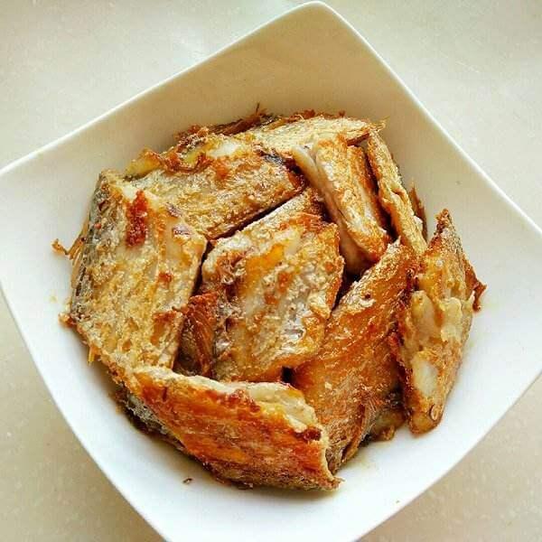南瓜香茅煎带鱼