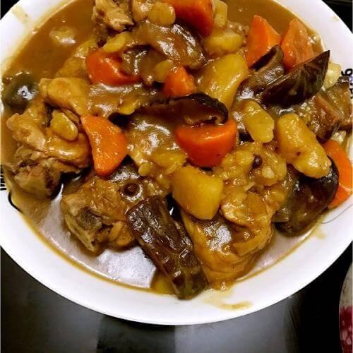 土豆冬菇焖鸡腿