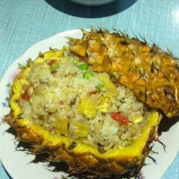 什锦菠萝饭