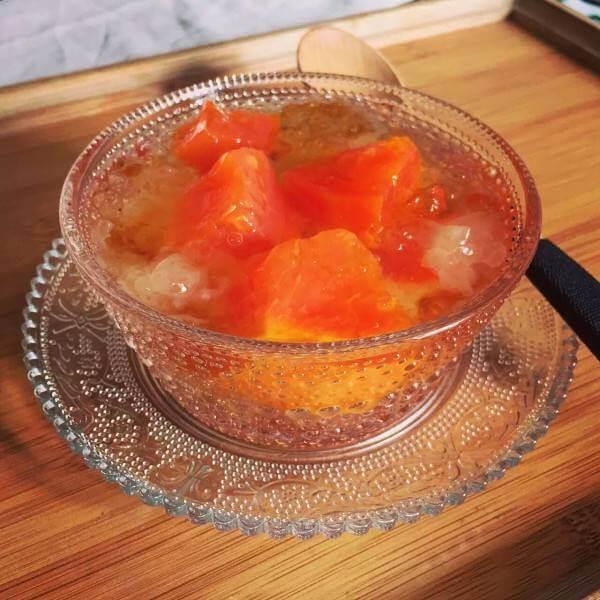 木瓜海鲜盅