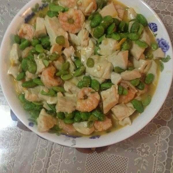 虾仁毛豆烩豆腐