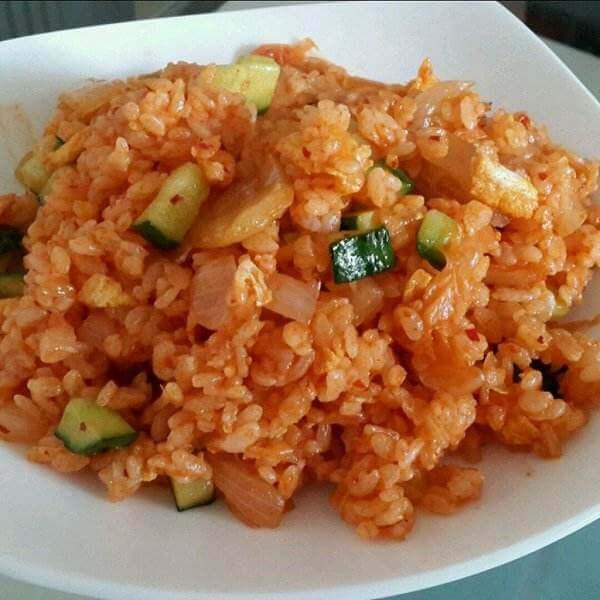 韩国辣白菜炒饭