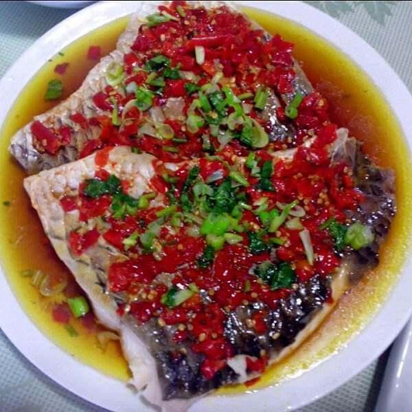 五彩剁椒鱼