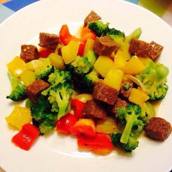 牛肉粒土豆沙拉