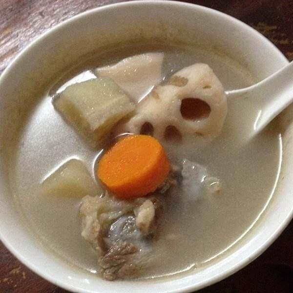 粉葛鱼头汤